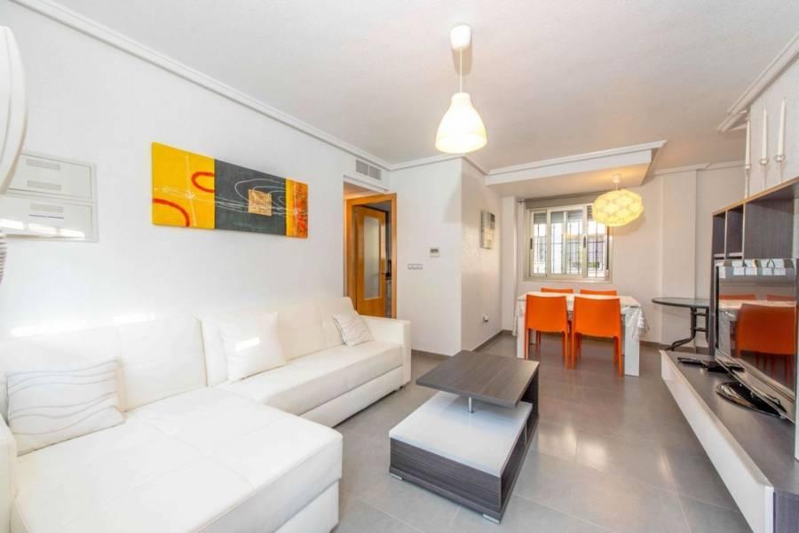 Torrevieja,Alicante,España,3 Bedrooms Bedrooms,2 BathroomsBathrooms,Adosada,39874