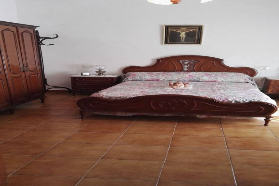 Guardamar del Segura,Alicante,España,3 Bedrooms Bedrooms,2 BathroomsBathrooms,Adosada,39888