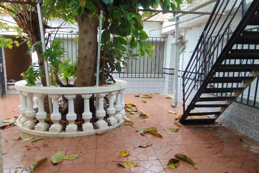 Rojales,Alicante,España,4 Bedrooms Bedrooms,1 BañoBathrooms,Adosada,39892