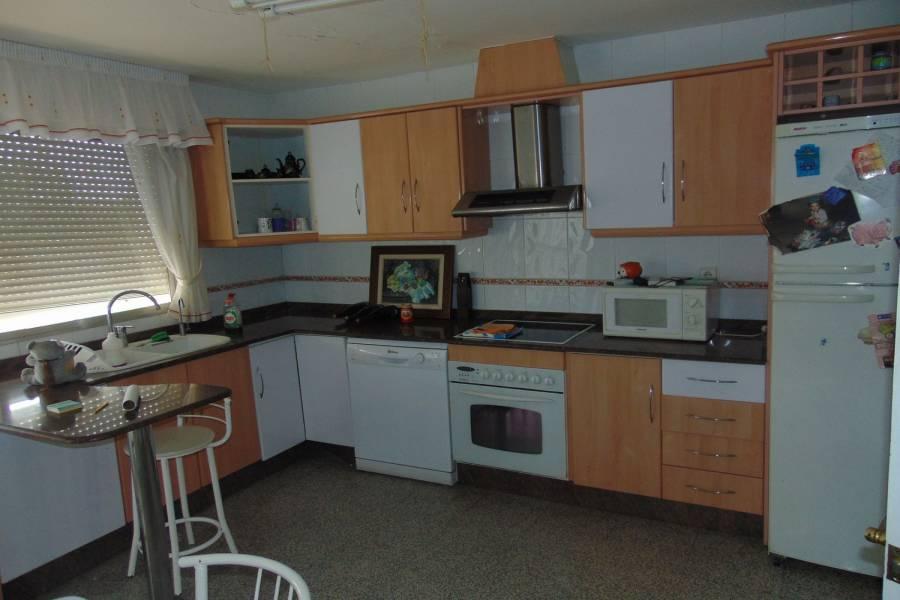San Isidro,Alicante,España,3 Bedrooms Bedrooms,2 BathroomsBathrooms,Adosada,39899