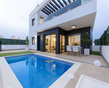 Orihuela,Alicante,España,3 Bedrooms Bedrooms,4 BathroomsBathrooms,Chalets,39905