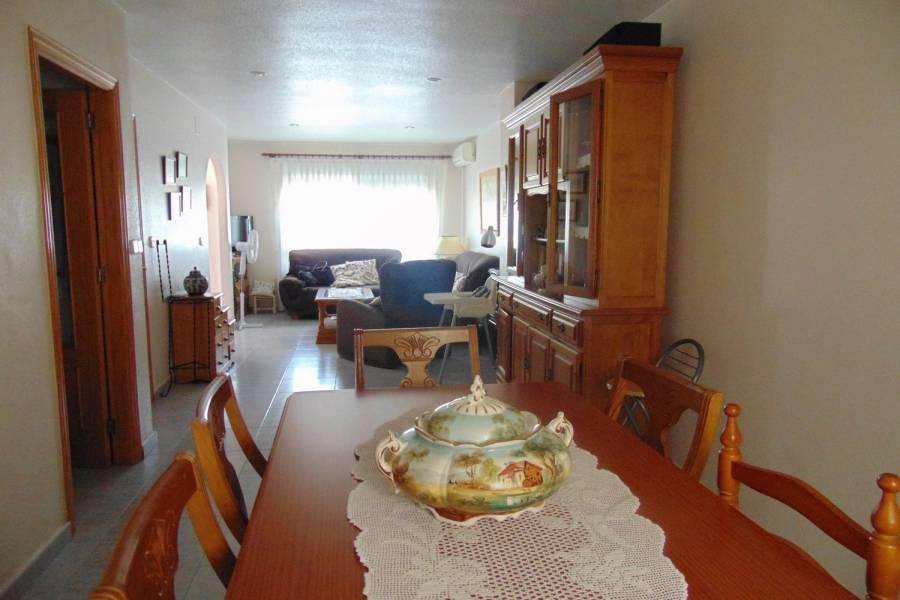 Rojales,Alicante,España,4 Bedrooms Bedrooms,2 BathroomsBathrooms,Adosada,39912