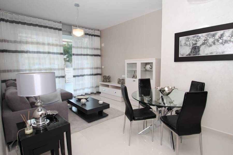 Guardamar del Segura,Alicante,España,2 Bedrooms Bedrooms,2 BathroomsBathrooms,Apartamentos,39944