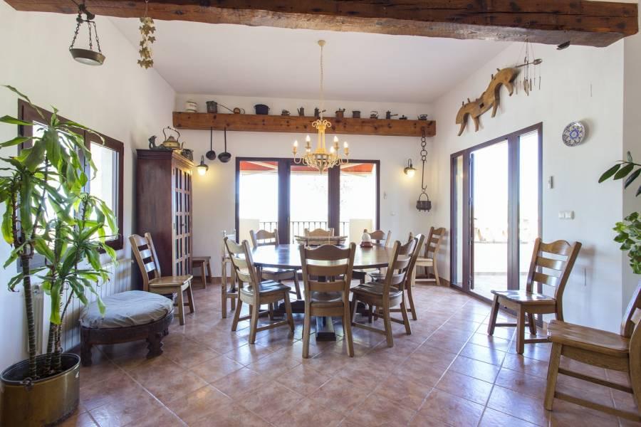 San Miguel de Salinas,Alicante,España,4 Bedrooms Bedrooms,4 BathroomsBathrooms,Chalets,39961