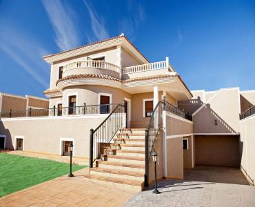 Torrevieja,Alicante,España,3 Bedrooms Bedrooms,4 BathroomsBathrooms,Chalets,39965