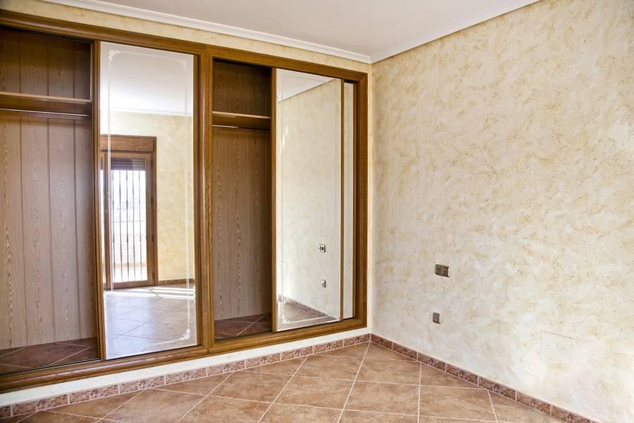 Torrevieja,Alicante,España,3 Bedrooms Bedrooms,4 BathroomsBathrooms,Chalets,39965
