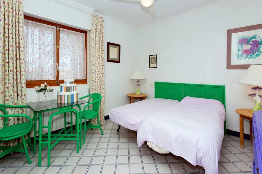 Orihuela Costa,Alicante,España,5 Bedrooms Bedrooms,3 BathroomsBathrooms,Chalets,39969
