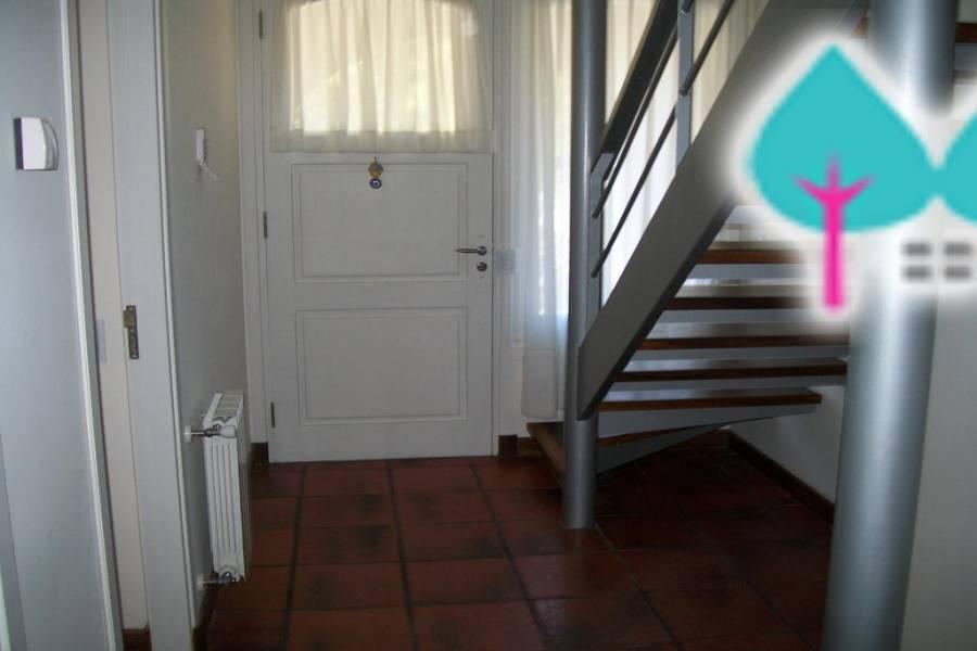 Pinamar,Buenos Aires,Argentina,4 Bedrooms Bedrooms,6 BathroomsBathrooms,Casas,DEL ESPARTILLO,4443