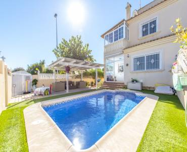 Pilar de la Horadada,Alicante,España,3 Bedrooms Bedrooms,2 BathroomsBathrooms,Dúplex,39986