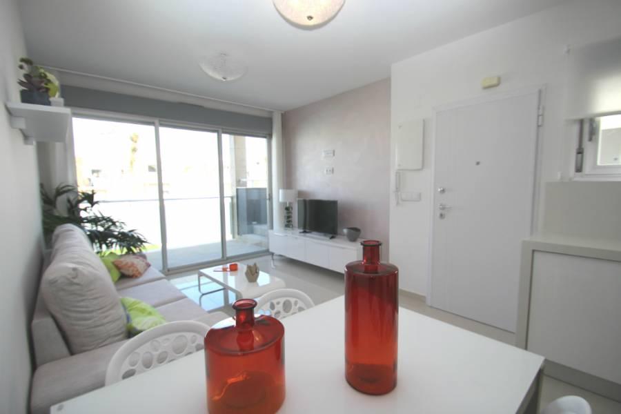Torrevieja,Alicante,España,3 Bedrooms Bedrooms,2 BathroomsBathrooms,Apartamentos,40010