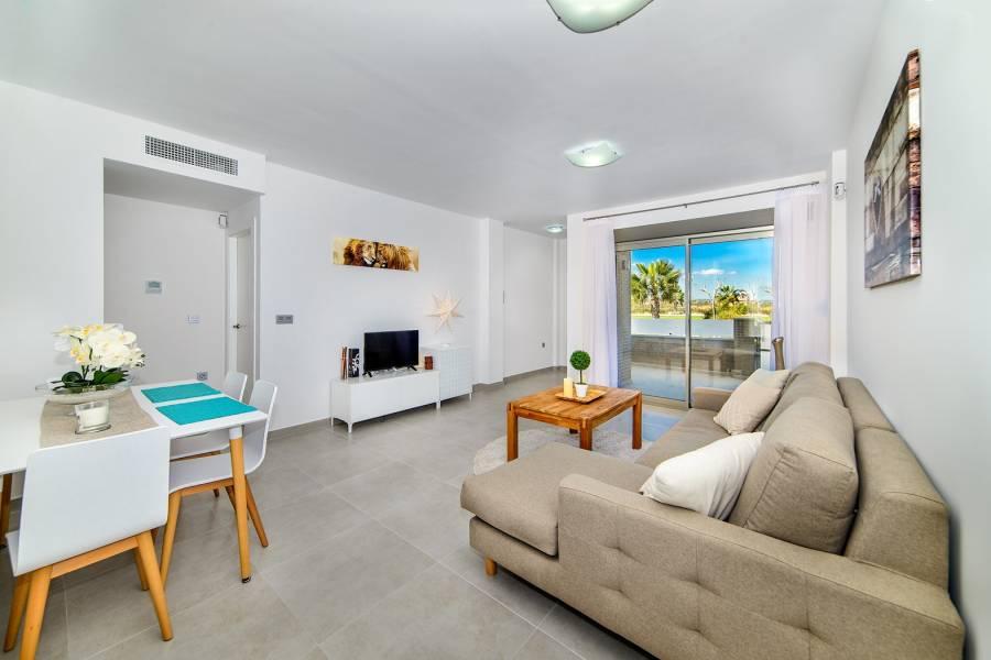 Pilar de la Horadada,Alicante,España,3 Bedrooms Bedrooms,2 BathroomsBathrooms,Apartamentos,40035