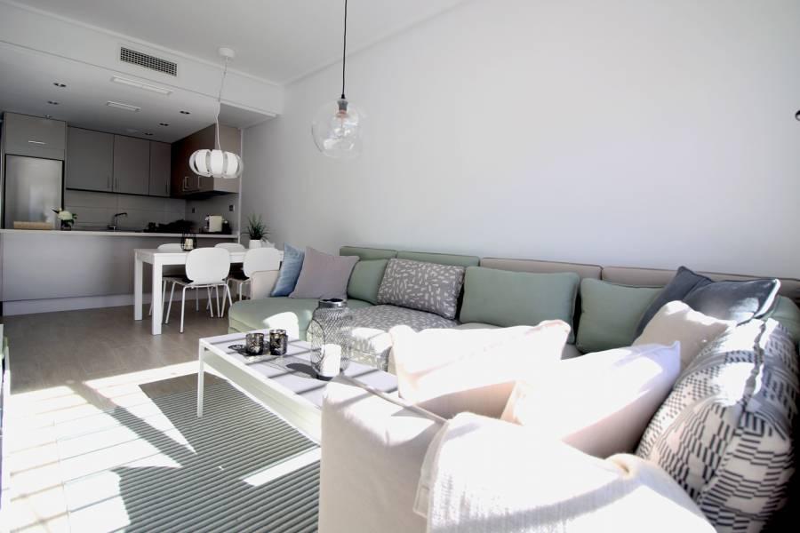 Pilar de la Horadada,Alicante,España,3 Bedrooms Bedrooms,2 BathroomsBathrooms,Apartamentos,40102