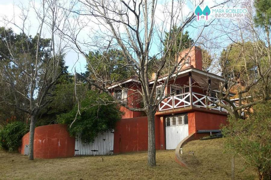 Pinamar,Buenos Aires,Argentina,2 Bedrooms Bedrooms,2 BathroomsBathrooms,Casas,EOLO,4455