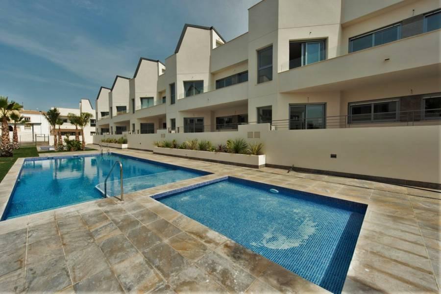 Torrevieja,Alicante,España,2 Bedrooms Bedrooms,2 BathroomsBathrooms,Apartamentos,40132