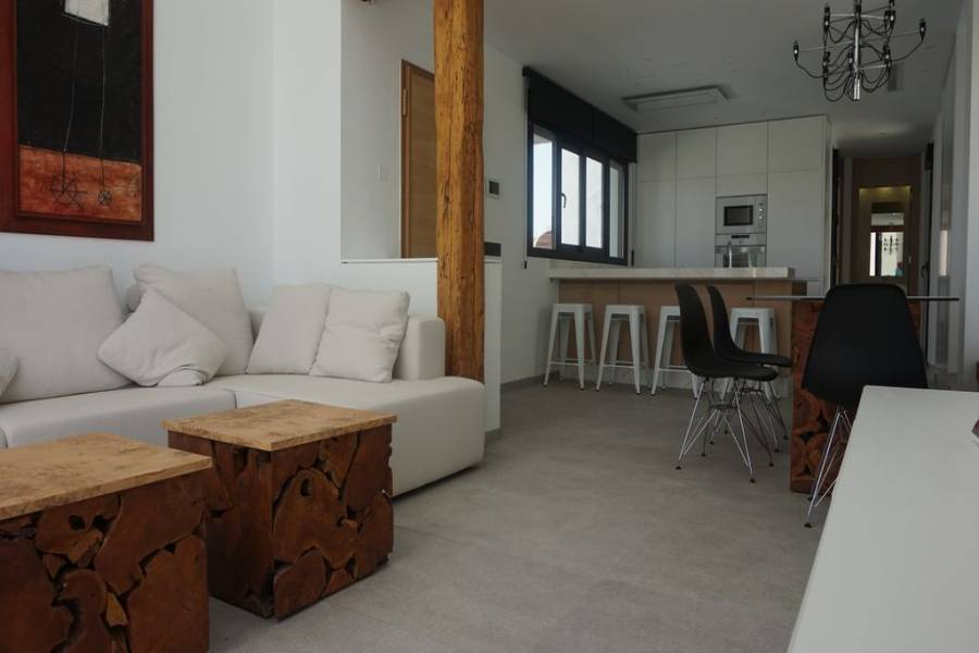 Torrevieja,Alicante,España,4 Bedrooms Bedrooms,4 BathroomsBathrooms,Chalets,40168