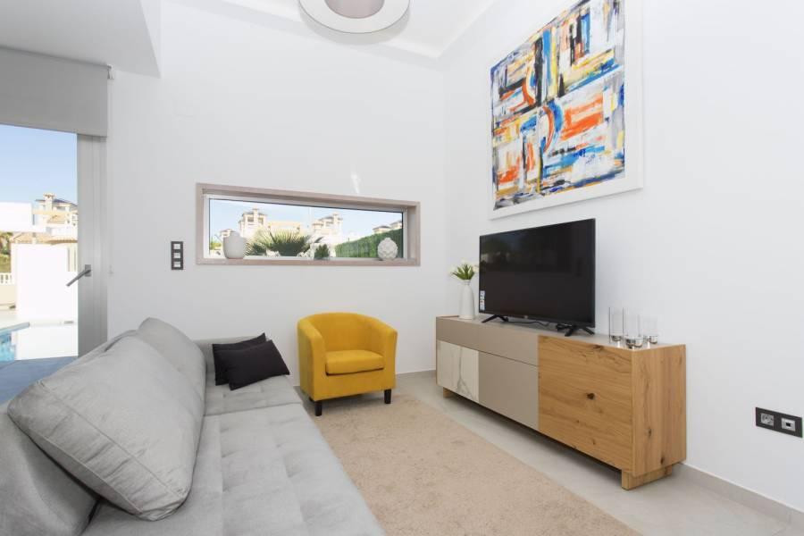 Guardamar del Segura,Alicante,España,3 Bedrooms Bedrooms,2 BathroomsBathrooms,Chalets,40183