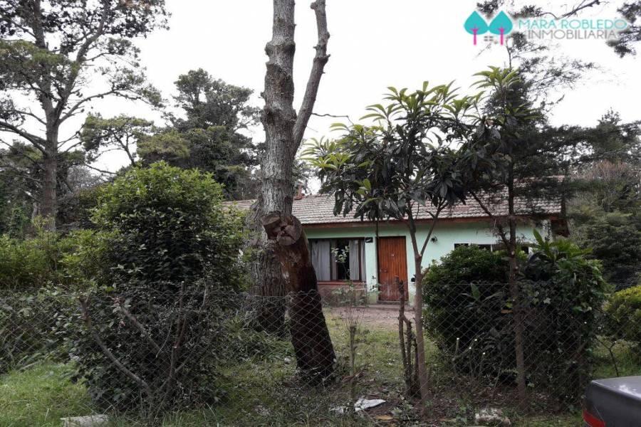 Pinamar,Buenos Aires,Argentina,3 Bedrooms Bedrooms,1 BañoBathrooms,Casas,TALA Y DEL CENTAURO,4463