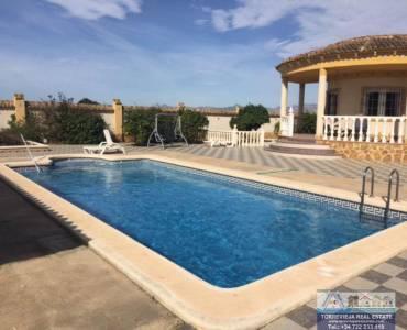 Catral,Alicante,España,3 Bedrooms Bedrooms,2 BathroomsBathrooms,Chalets,40220