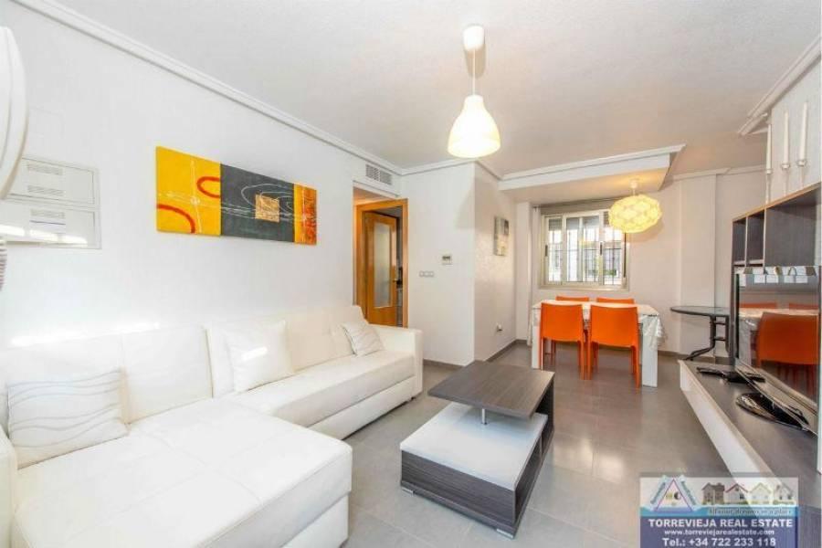 Torrevieja,Alicante,España,3 Bedrooms Bedrooms,2 BathroomsBathrooms,Chalets,40237