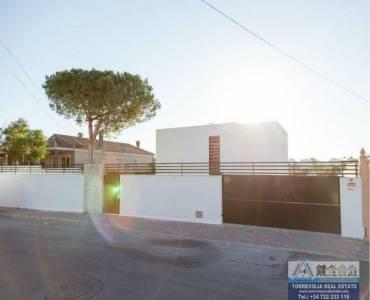 Torrevieja,Alicante,España,4 Bedrooms Bedrooms,3 BathroomsBathrooms,Chalets,40240