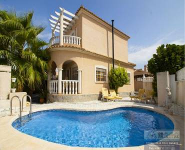 Ciudad Quesada,Alicante,España,4 Bedrooms Bedrooms,2 BathroomsBathrooms,Chalets,40251
