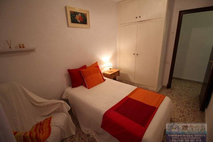 Torrevieja,Alicante,España,3 Bedrooms Bedrooms,2 BathroomsBathrooms,Apartamentos,40293