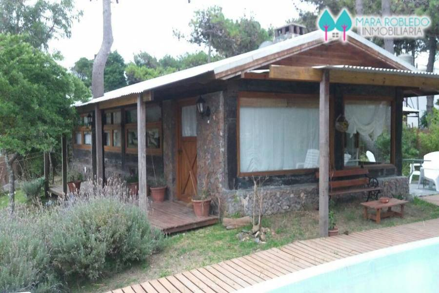 Pinamar,Buenos Aires,Argentina,3 Bedrooms Bedrooms,2 BathroomsBathrooms,Casas,CIRCE,4472