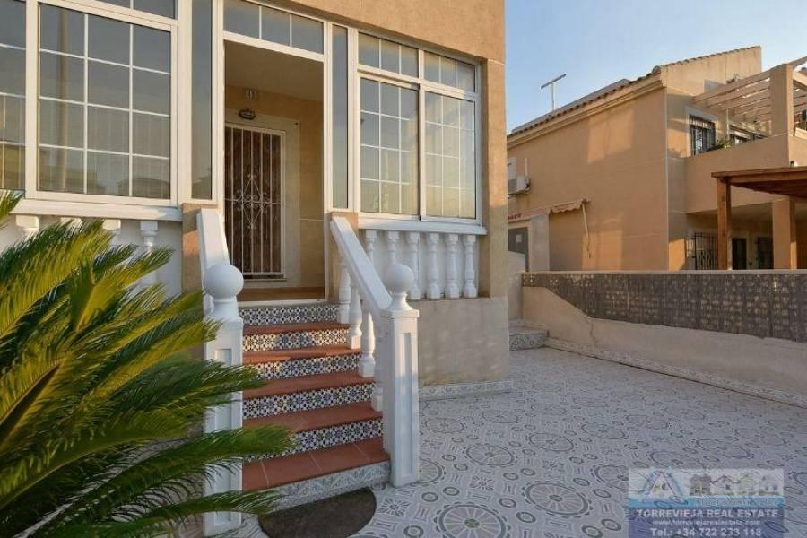 Torrevieja,Alicante,España,2 Bedrooms Bedrooms,1 BañoBathrooms,Bungalow,40302