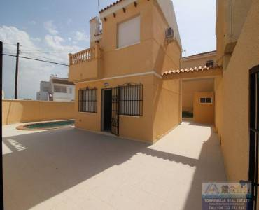 Torrevieja,Alicante,España,2 Bedrooms Bedrooms,2 BathroomsBathrooms,Chalets,40308
