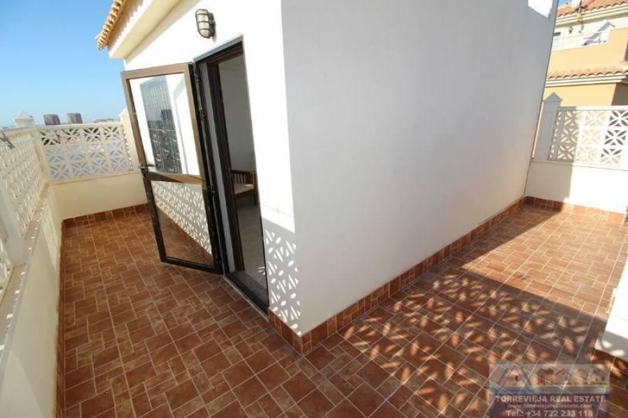 Torrevieja,Alicante,España,3 Bedrooms Bedrooms,2 BathroomsBathrooms,Bungalow,40319