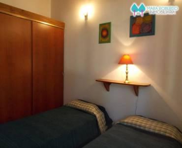 Pinamar,Buenos Aires,Argentina,4 Bedrooms Bedrooms,3 BathroomsBathrooms,Casas,helade y etoneo,4475
