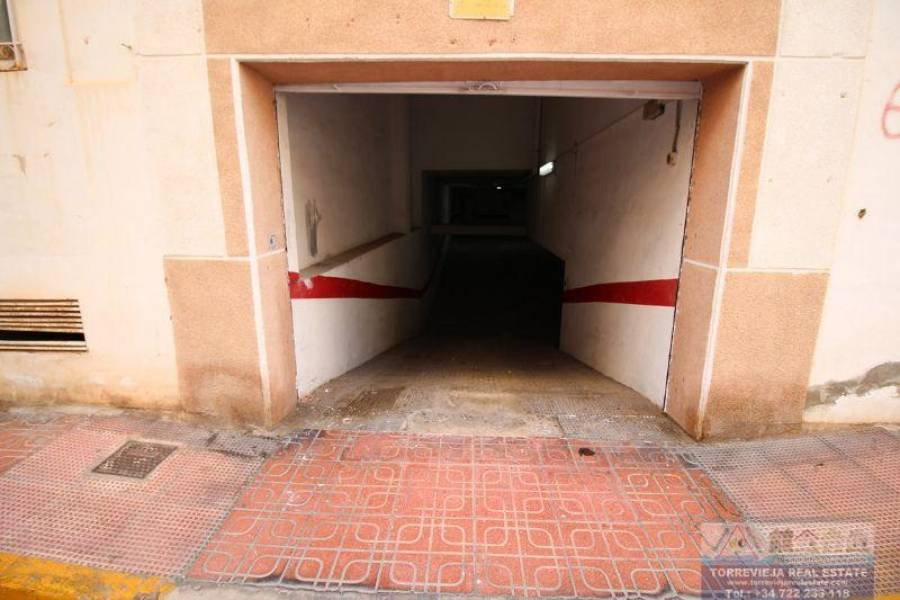 Torrevieja,Alicante,España,Cocheras,40334