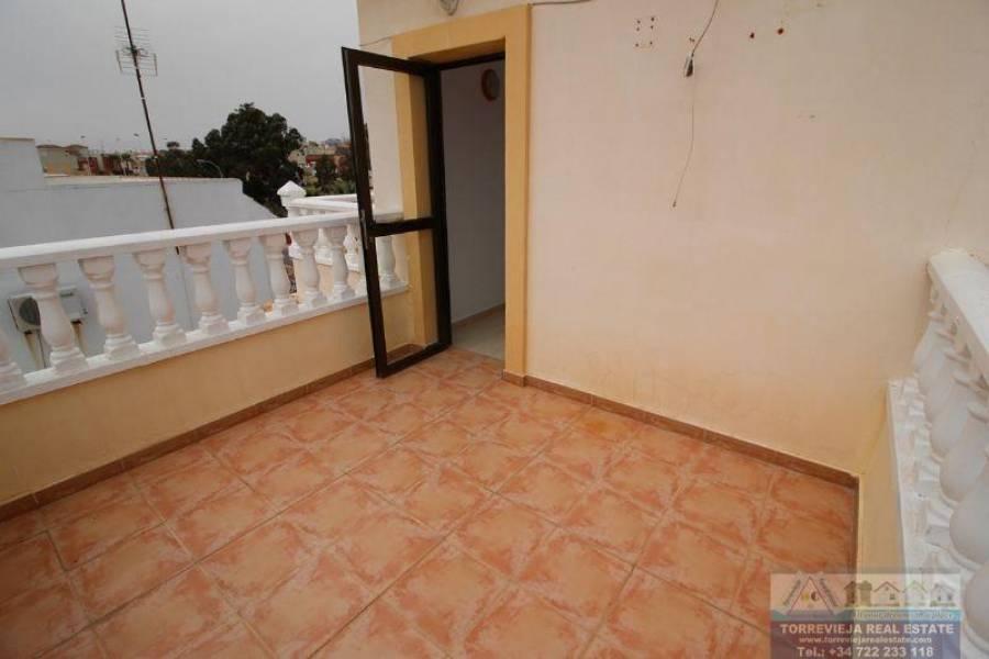 Torrevieja,Alicante,España,3 Bedrooms Bedrooms,2 BathroomsBathrooms,Chalets,40335