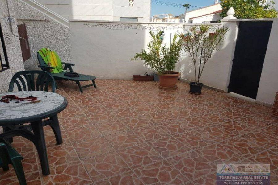 Torrevieja,Alicante,España,2 Bedrooms Bedrooms,1 BañoBathrooms,Bungalow,40366