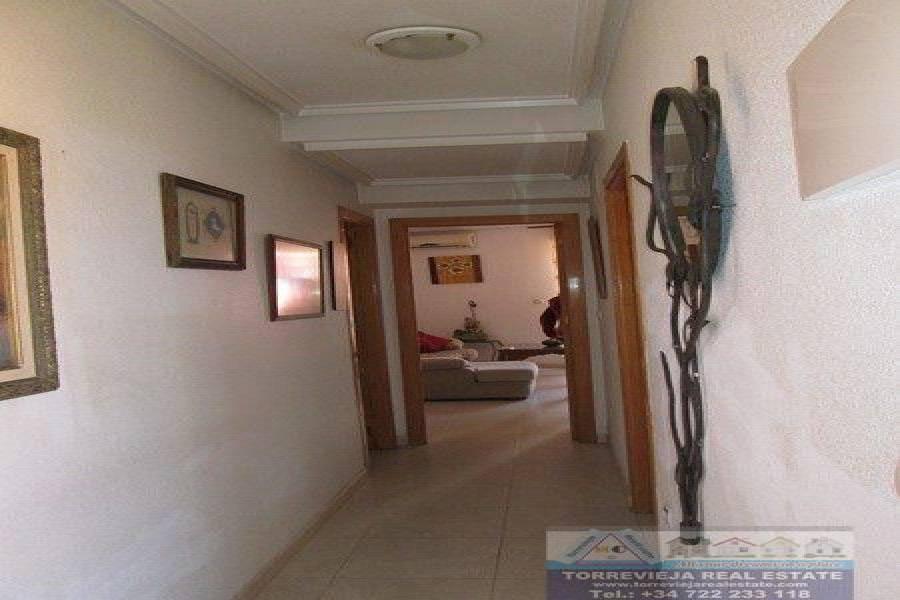 Torrevieja,Alicante,España,3 Bedrooms Bedrooms,2 BathroomsBathrooms,Dúplex,40375