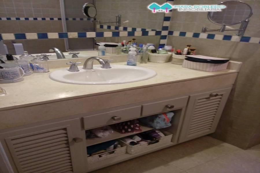 Pinamar,Buenos Aires,Argentina,2 Bedrooms Bedrooms,2 BathroomsBathrooms,Casas,DE LAS NEREIDAS ,4480