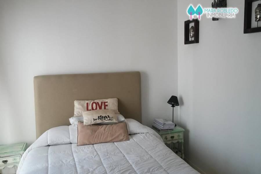 Pinamar,Buenos Aires,Argentina,3 Bedrooms Bedrooms,3 BathroomsBathrooms,Casas,DE LOS TRITONES,4481