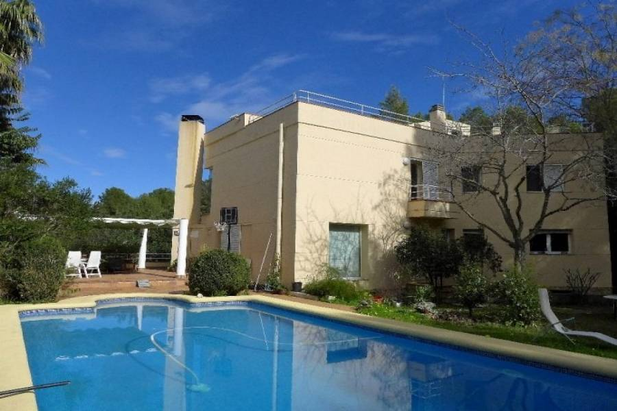 Pedreguer,Alicante,España,3 Bedrooms Bedrooms,4 BathroomsBathrooms,Chalets,40403
