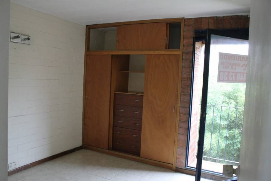 Medellin,Antioquia,Colombia,3 Bedrooms Bedrooms,2 BathroomsBathrooms,Apartamentos,urbanizacion la coruña,4,40452