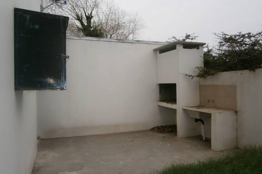 Santa Teresita,Buenos Aires,Argentina,2 Bedrooms Bedrooms,1 BañoBathrooms,Apartamentos,33,40474