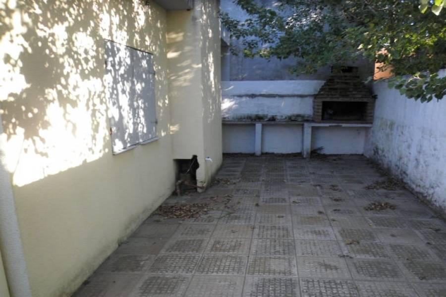 Las Toninas,Buenos Aires,Argentina,2 Bedrooms Bedrooms,2 BathroomsBathrooms,Apartamentos,AV 7,40489