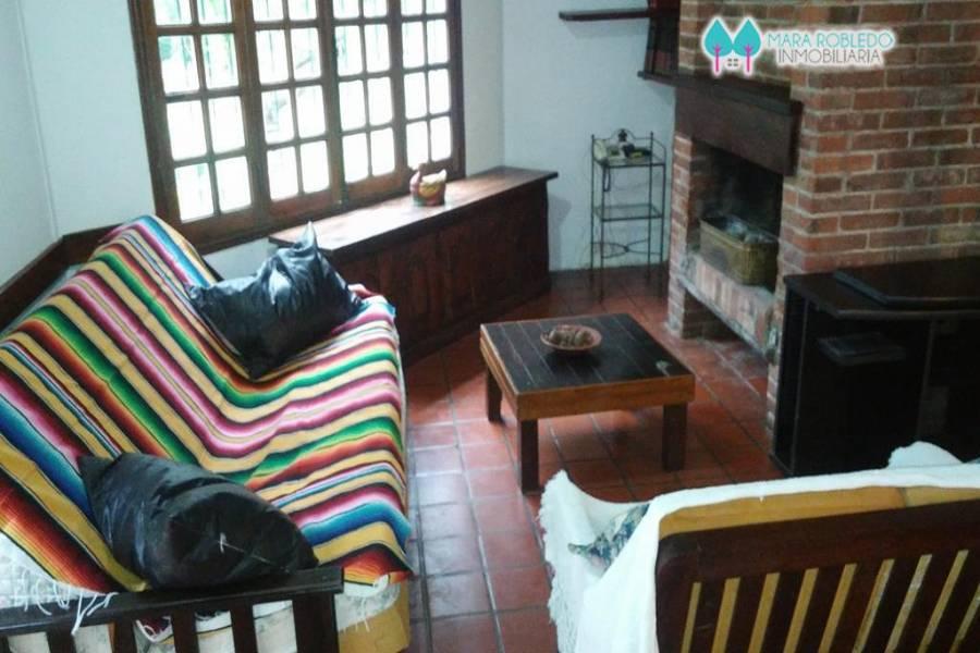 Carilo,Buenos Aires,Argentina,2 Bedrooms Bedrooms,1 BañoBathrooms,Casas,HORNERO,4492