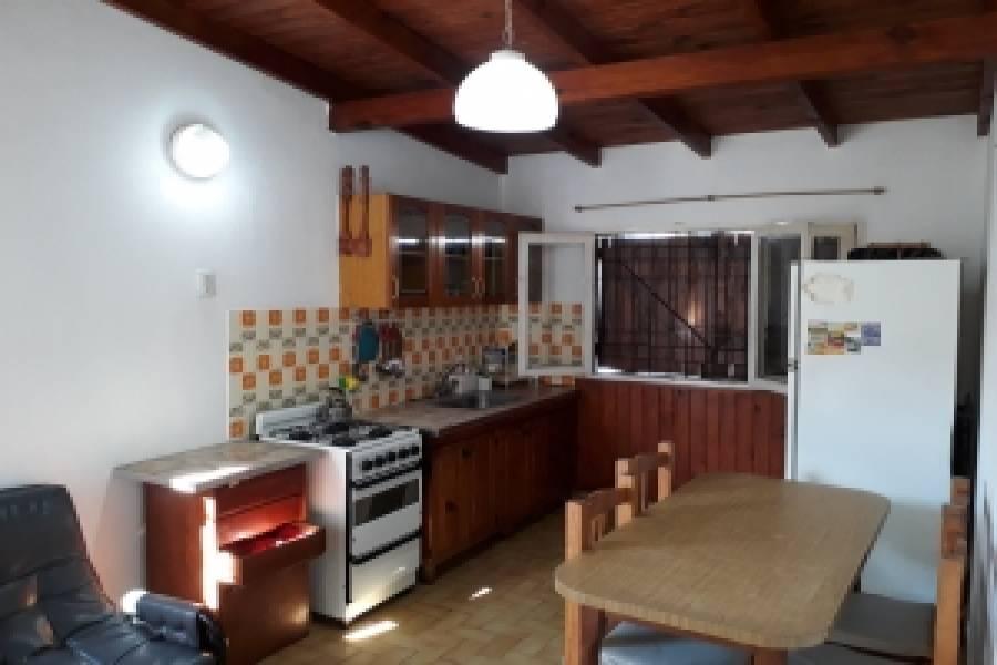 Santa Teresita,Buenos Aires,Argentina,2 Bedrooms Bedrooms,1 BañoBathrooms,PH Tipo Casa,30,40510