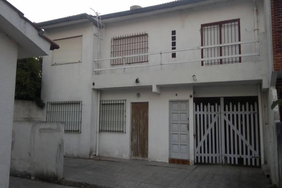 Santa Teresita,Buenos Aires,Argentina,2 Bedrooms Bedrooms,1 BañoBathrooms,PH Tipo Casa,4,40513