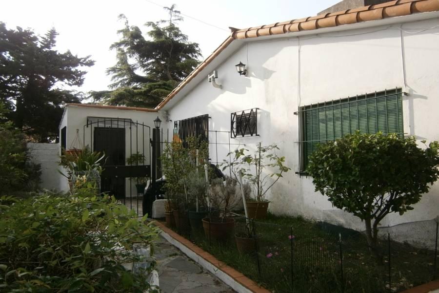 Santa Teresita,Buenos Aires,Argentina,2 Bedrooms Bedrooms,1 BañoBathrooms,PH Tipo Casa,47,40517