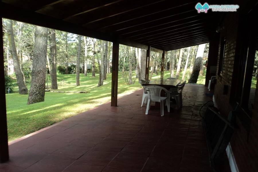 Carilo,Buenos Aires,Argentina,4 Bedrooms Bedrooms,3 BathroomsBathrooms,Casas,PALMERA,4494