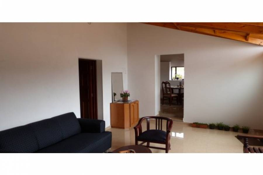 IMPERDIBLE! VER INFO...,3 Bedrooms Bedrooms,1 BañoBathrooms,Casas,FINCA MONTECILLO,Vereda Montecillo,1,40545