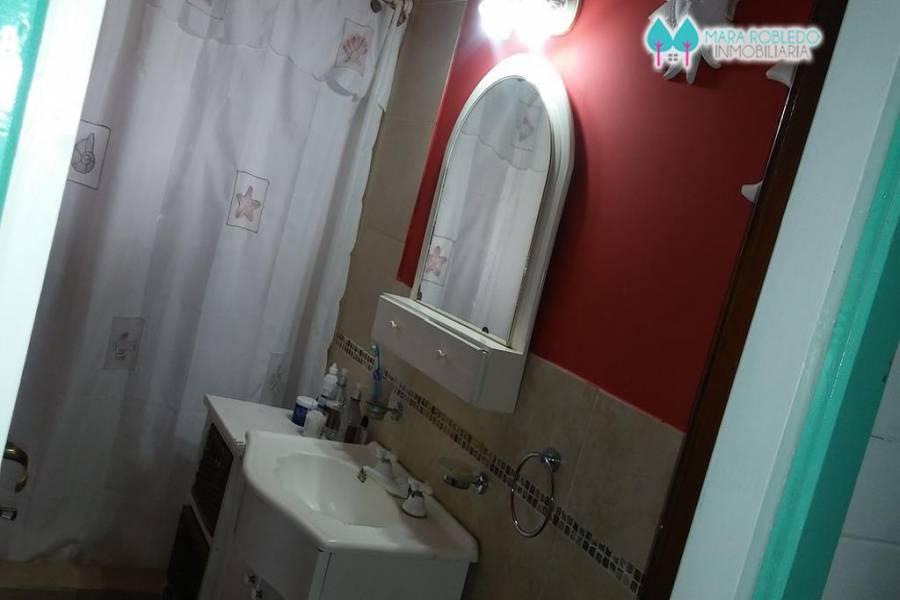Carilo,Buenos Aires,Argentina,3 Bedrooms Bedrooms,2 BathroomsBathrooms,Casas,QUEBRACHO Y CHORLO,4497
