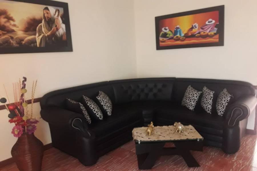 Medellin,Antioquia,Colombia,3 Bedrooms Bedrooms,1 BañoBathrooms,Casas,1,40564