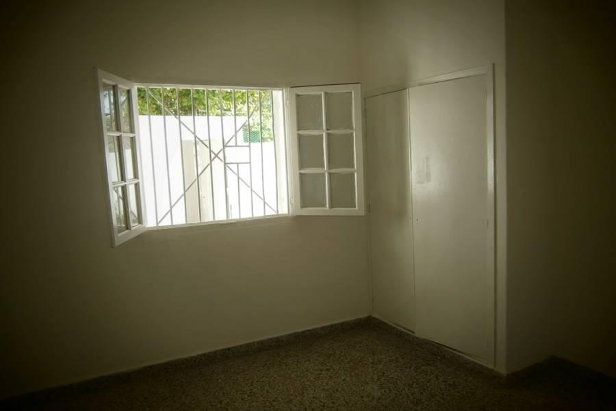 Santa Teresita,Buenos Aires,Argentina,2 Bedrooms Bedrooms,1 BañoBathrooms,Casas,39,40575